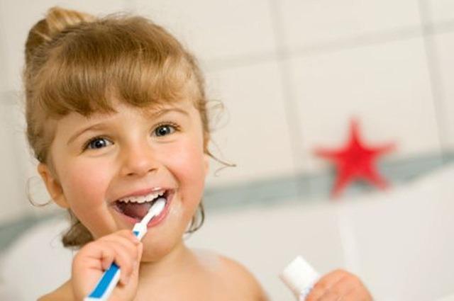 משחת שיניים לילדים – איך ומה תבחרו