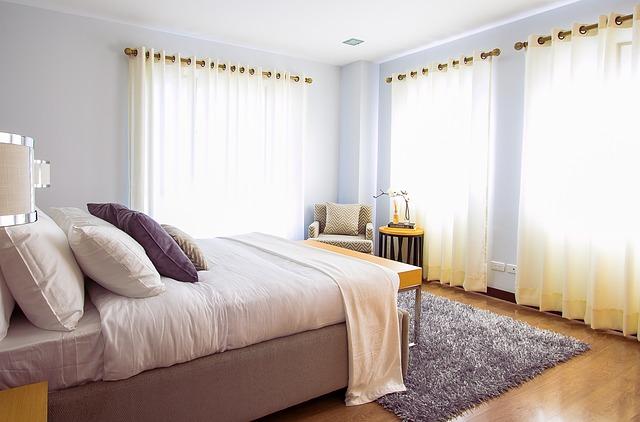למה לקנות מיטות ביוקר כשאפשר ליהנות מבסיס מיטה מעץ מלא איכותי?