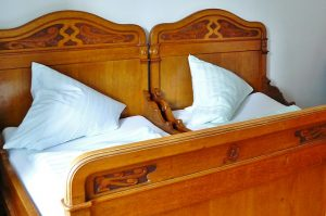 מיטות עתיקות
