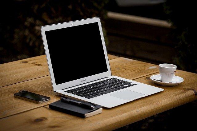 מטען מקורי למחשב נייד